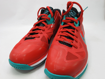 "Nike LeBron 9 Low ""Liverpool"""