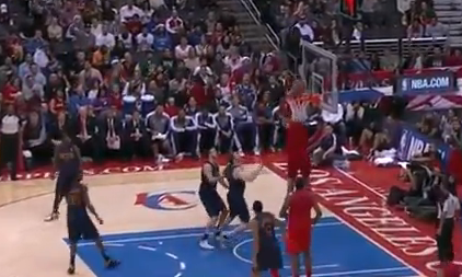 Chris Paul Sets Up Perfect Alley-Oop Dunk For Blake Griffin
