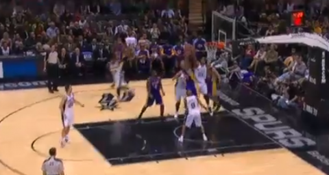 Tim Duncan Rejects Robert Sacre