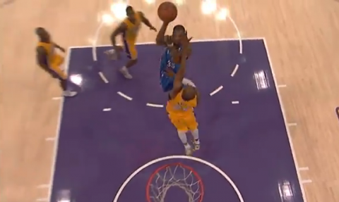 Kevin Durant Scores 42 Points Against the Los Angeles Lakers