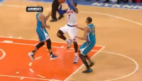 Carmelo Anthony Cashes In A Tough Shot