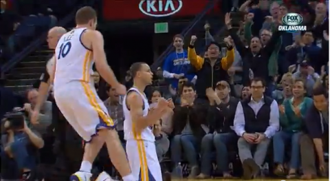 Stephen Curry Brings Back the Antoine Walker Shimmy (Video)