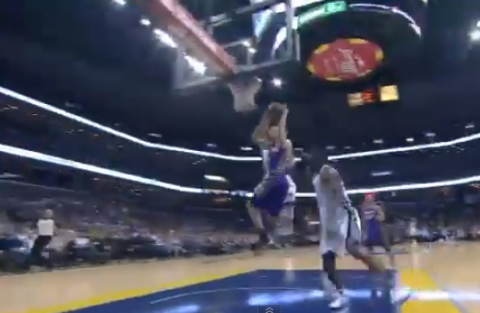 Goran Dragic Makes a Tough Layup