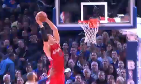 Blake Griffin Spins and Slams