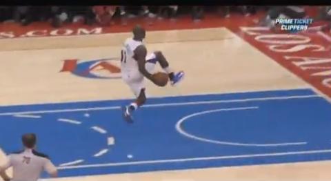 Jamal Crawford Throws A Between-The-Legs Alley-Oop