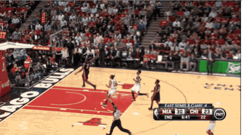 GIF: LeBron James Breakaway Smash on the Chicago Bulls