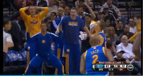 Watch Stephen Curry's Incredible Third Quarter Against the Spur…