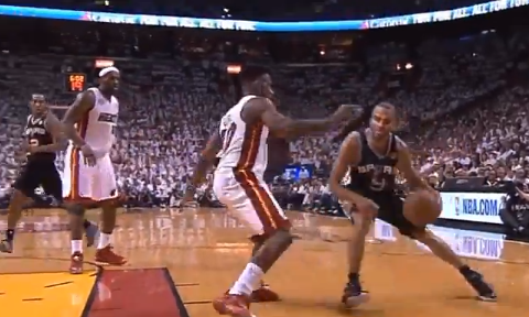 Tony Parker Unleashes The 2 Best Highlights In Game 1 Of The NB…