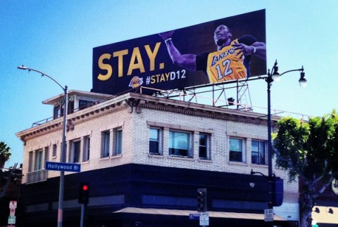 Lakers Unveil Billboard Campaign in Los Angeles Begging Dwight …
