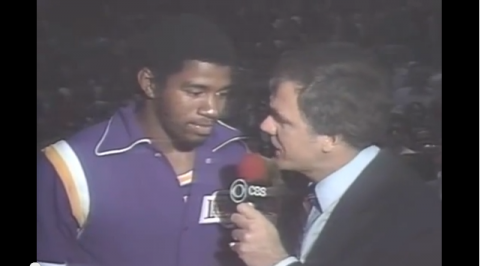 We Reminisce: Magic Johnson Starts at Center, Destroys Sixers i…