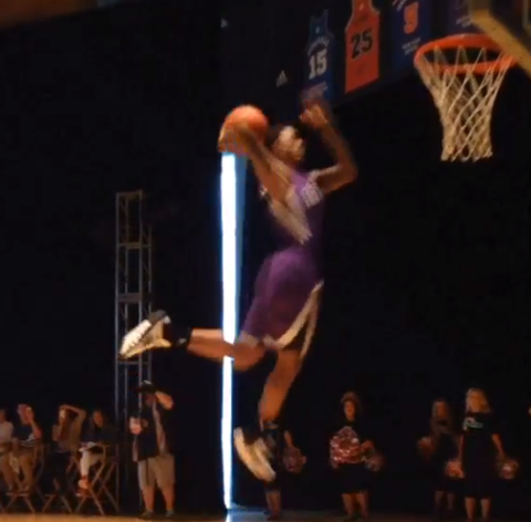 Star NBA Rookies Show Out During Surprise Dunk Contest