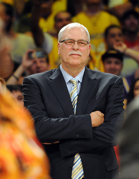 """Report: Phil Jackson """"Leaning Towards"""" Accepting Knicks' Presid…"""