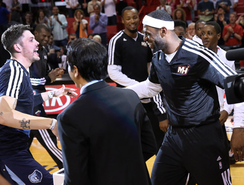 Miami Mobs Mike Miller After He Accepts His Championship Ring