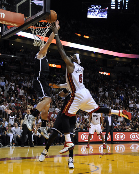 Mason Plumlee Blocks LeBron James To Preserve Nets Win