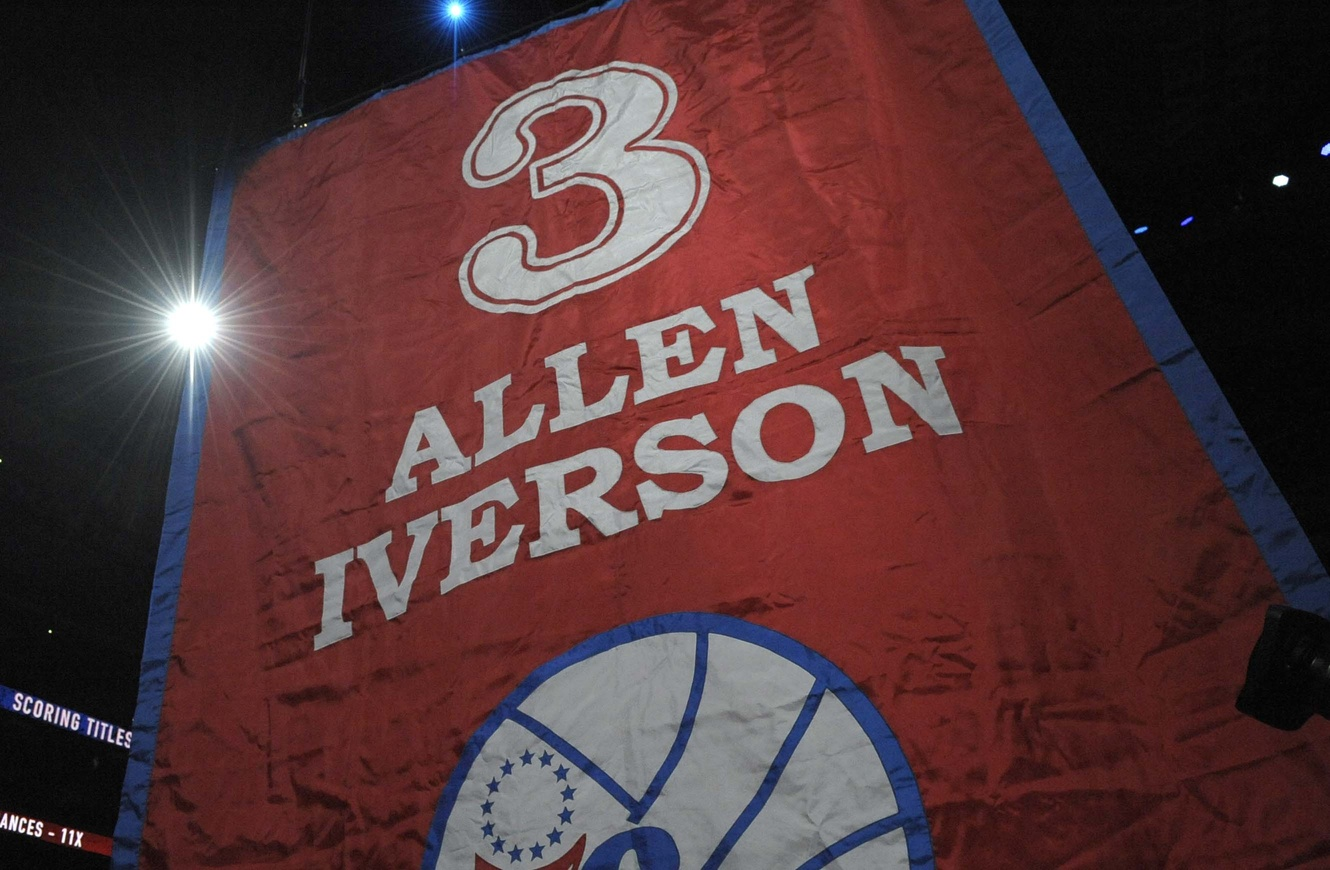 We Reminisce: Allen Iverson Accepts MVP Award, Drops 52 Points …