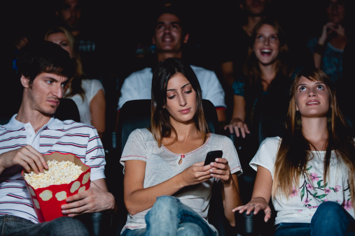 Kerfuffle Watch: Blogger calls 911 over guy using cell phone in theater at TIFF