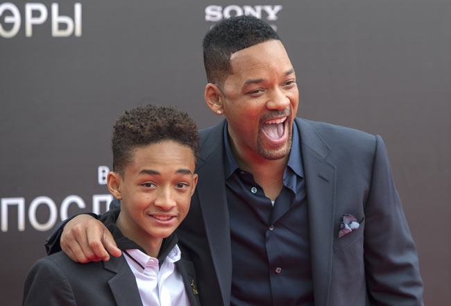 Will-Smith-Jaden-Smith-After-Earth-Russia