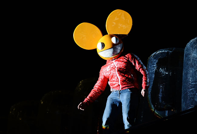Nokia And Deadmau5 Light Up London With 'This Is Lumia'
