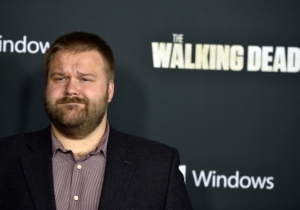 Robert Kirkman Wants You To Know The 'Walking Dead' Spinoff Is Going To Be Very, Very Different