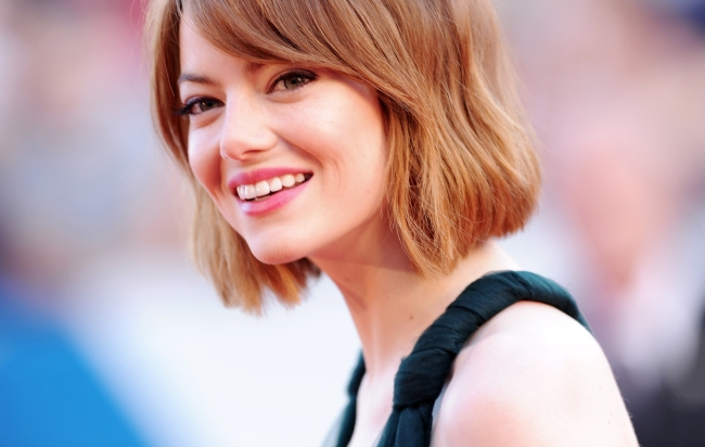 Emma Stone emma-stone VENICE, ITALY - AUGUST 27:  Emma Stone attends 'Birdman' Premiere during  71st Venice Film Festival on August 27, 2014 in Venice, Italy.  (Photo by Stefania D'Alessandro/WireImage)