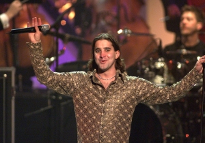 Scott Stapp Hints That He Will Be The New Lead Singer Of Stone Temple Pilots