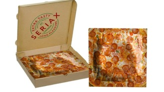You Know You Want This 'Friends' Inspired Condom That Comes In A Tiny Pizza Box