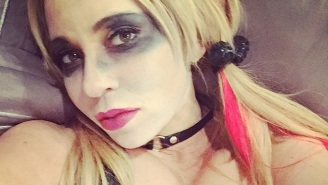 Harley Quinn Voice Actor Tara Strong Cosplayed As Harley Quinn Because Life Is Worth Living