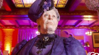 Behold, an Incredible Cake Replica of the Dowager Countess