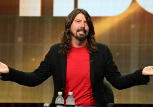 A Few Rock Legends Joined The Foo Fighters To Throw A Surprise Concert For Dave Grohl's 46th Birthday