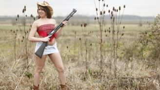 Texans Are Renting Out Their Guns, RVs, And Stripper Poles For The College Football Championship Game