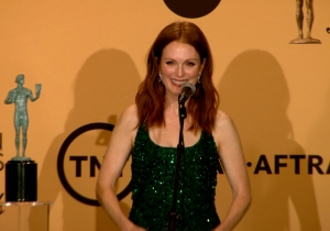 Julianne Moore on her Oscar chances: 'I'm trying to remain calm'