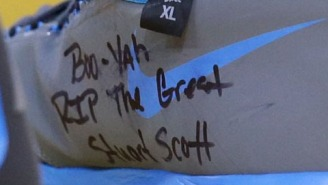 "Kevin Durant Pays Tribute To Stuart Scott With Sneaker Message ""Boo-Yah"""