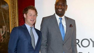 UK Newspaper Confuses Dikembe Mutombo For 'Melo