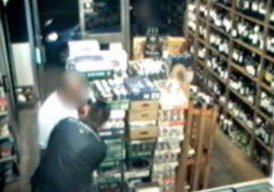 Watch This Man Use Hypnosis To Rob A Liquor Store