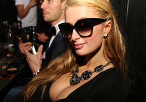 Paris Hilton Proudly Displayed Her 'New Pair' In Milan Over The Weekend