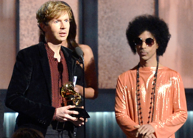 Beck accepts his Grammy