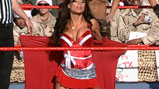 Former WWE Diva Candice Michelle Finally Weighed In On The Vaccination Debate