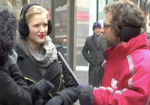 Kyle Mooney Interviewed Confused New Yorkers In This Unaired #SNL40 Sketch