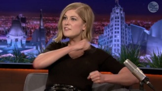 Rosamund Pike Practiced 'That Scene' From 'Gone Girl' On Dora The Explorer
