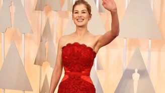 Rosamund Pike's Oscar Gown: 5 Reasons It's the Look of the Night
