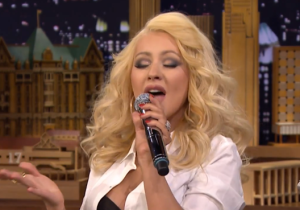 Watch Christina Aguilera Whip Out A Pitch Perfect Imitation Of Britney Spears