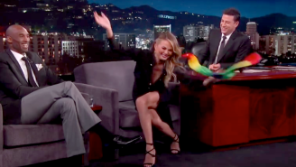 Watch Chrissy Teigen Astound With Magic Tricks On 'Jimmy Kimmel Live'