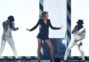 Did Taylor Swift Insure Her Legs For $40 Million?