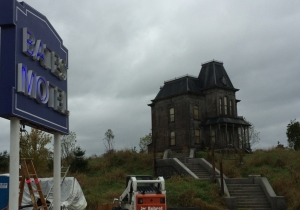 'Bates Motel' cast teases Season 3, plus photos from the set