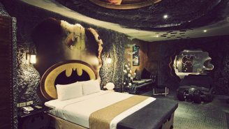 This Is Where Batman Would Sleep If He Ever Went To Taiwan, And If He Were Real