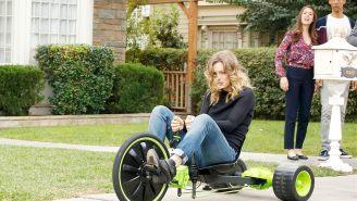 Season premiere review: 'Community' – 'Ladders/Lawnmower Maintenance'
