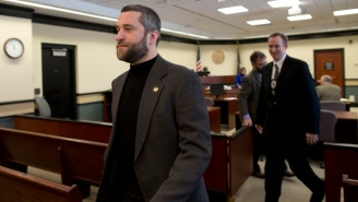 Dustin Diamond Allegedly Threatened To Stab Someone For Refusing A Smirnoff Ice 'Icing'