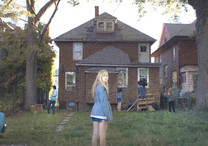 A Perfect Explanation Of 'It Follows' From A Totally Unrelated Source