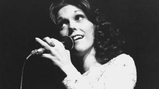 Happy 65th Birthday, Karen Carpenter: 10 Times She Blew Our Minds