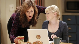CBS renews 'Mom,' 'Mike & Molly,' '2 Broke Girls'